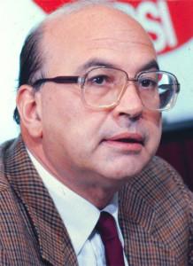 """Bettino Craxi prima vittima di """"golpe all'italiana"""".Il suo -che favorì Scalfaro contro Forlani alla presidenza - fu addirittura sanguinario."""