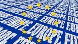 Scriviamo spesso quanto poco si faccia per celebrare e incentivare il sentimento della comune cultura europea che ha radici nella letteratura, nell'arte, nella filosofia e nella stessa scienza. L'Erasmus - attualmente sospeso - è troppo poco. E' un'iniziativa elitaria - addirittura poco democratica -  che non giova più di tanto alla cultura diffusa. Ecco un'iniziativa positiva che parte dalla periferica Sicilia...