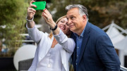MirKo Orban e l'amica Giorgia Meloni: un'occasione per un selfie...