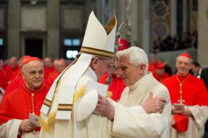 Foto LaPresse 22/02/2014 Roma Attualità Concistoro: il Papa crea 19 nuovi cardinali nella foto: Papa Francesco e Papa emerito Benedetto