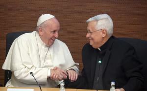 Bergoglio con Padre Angel Fiorito scrittore gesuita.