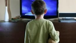 Quanti bimbi soli davanti alla Tv!