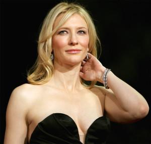 Cate Blanchett è 'unica' nel suo fascino e nella sua recitaione.