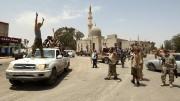 Tripoli in festa: via il'falco' Haftar, arriva il generale buono Fayez al-Serraj, appoggiato inizialmente dall'Onu che però ...non si è vista. A sistemare le corse ci ha pensato la Turchia con l'appoggio'a sorpresa, della Russia. In barba  tutti.