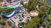 L'Aquapark annesso all'Hotel Costa Verde. Trattasi, in effetti, di un artyicolato complesso turistico