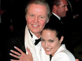 Voight e Angelina Jolie, padre fiegli divi cinemematogfici di massimo livello.