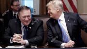 M. Pompeo e Trump in colloquio alla Casa Bianca (2020): due grandi ottimisti ma non fessi... Alamy stock foto