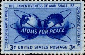 Quando Enrico Fermi e 'i ragazzi di via Panisperna' erano considerati giustamente 'benefattori dell'umanità', anziché precursori della bomba atomica. L'energia nucleare, adeguatamente applicata - cioè in modo massiccio - è una delle strade per affrancare l'umanità dai costi per l'energia. Un'altra strada ancora più 'alla portata' è l'idrogeno. Ambedue non emettono CO2 (ammesso che  ciò abbia la grande importanza che lo stesso'potere' viannette) eppure non vegono impiegate: trasformerebbero integlmente l'economia mondiale poragonadola a tragurdi e soluzioni vicini e semplici. Sarebbe, insomma, 'troppo semplice'. L'energia è tutto. Energia a gratis? Un sogno per il pianeta ma sconvolgerebbe l'ecoinomnia mondiale... Paradossalnete nucleare e idrogeno hanno più possibilità di successo sotto i regimi dittatoriali e sovranisti. Il motivo è intuibile: in ambedu i casi l'azienda è lo stato stesso.