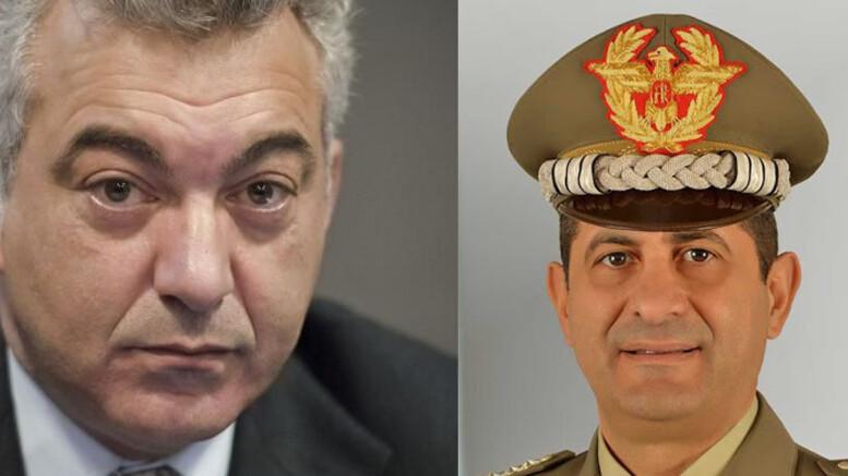 A sinistra Domnico Arcuri, eternamente sbigottito.A destra il Gen. Francesco Paolo Figliolo.