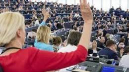 """Il momento del voto al parlamento UE ha sancito il no alla comune comune matrice cristiana della civiltà europea. Di essa, del resto, non parlano i trattati. Si pensi che le stroriche università europee furono di comune iniziativa cattolica: istituite nel 400 per lo studio della teologia e del diritto romano. L'aborto non è solo consentito, ma diventa un diritto. Negata, invece l'obiezione di coscienza dei medici fedeli al giuramento di Ippocrate: """"non procurerai mai la morte"""". In Usa la presidenza parla di aborto fino alnono mese: la 'deriva' verso l'inciviltà è evidente. E' quella del paganesimo, del relativismo etico che sprona il peggior consumismo. Anche l'aborto diviene un 'atto di consumo'."""