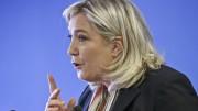Marine Le Pen è una delle leader di destra più vicine al potere. Potrebbe avvicendare il fallimentare Macron. Un danno - fra l'altro - per l'armonia in Europa in conseguenza dei suoi 'inciuci' con la Merkel e del suo sciovinismo ben lungi dallo sprito dell'Unione. Si noti come la sinistra 'parli' di pari opportunità, mentre la destra - con la Le Penne e la Meloni - non esiti a riconoscere alle donne - quando se ne dà il caso -  assolute capacità di comando.