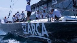 Arca il maxi yacht da 100 piedi che si è presentato alla partenza per dominare in t. reale la XVI Palermo Montecarlo ed è riuscito nell'impresa. (Ph Attilio Taranto)